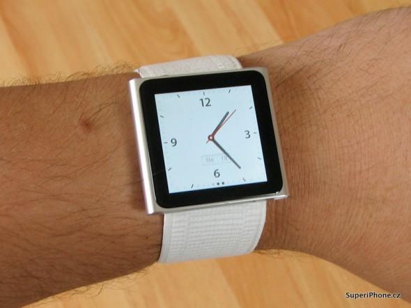 Šestá generace se designově hodně přiblížila nejmenší variantě iPod Shuffle. Připomíná Apple Watch