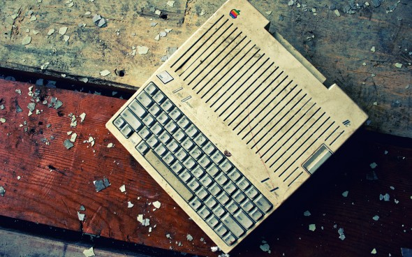 retro-sport-vintage-hd-mac-apple-iic-1370238