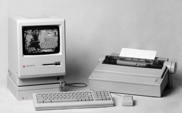 apple-inc-mac-macintosh-computers-history-144711-1920x1200