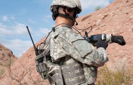 us-army-rifleman-radio-iphone-cover-746x419-746x419