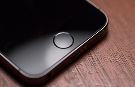 iphone-5s-home-button-touch-id-746x419
