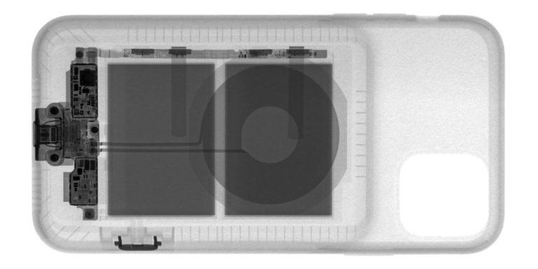 Smart Battery Case pro iPhony 11 pod rentgenem. Jak funguje nové tlačítko fotoaparátu?