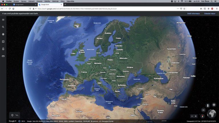 Google Earth funguje v dalších webových prohlížečích. Podpora Safari se zpozdí