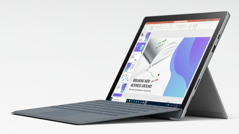 Microsoft v nové reklamě srovnává Surface Pro 7 a MacBook Pro. MacBook prý prohrává